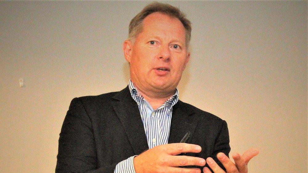 Klikk på bildet for å forstørre. ADVARER MOT BOBLER: Tidligere statsekretær, Mc-Kinsey-sjef og sentralbanksjef Svein Harald Øygard advarer mot