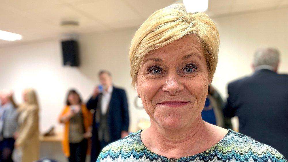Klikk på bildet for å forstørre. VINGLER IKKE. Siv Jensen mener partiet hennes nå er det eneste som ikke vingler i oljepolitikken.