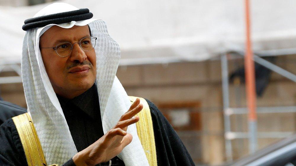 Klikk på bildet for å forstørre. OPEC, her ved Saudi-Arabias energiminister prins Abdulaziz bin Salman, har lenge avtalt kutt i oljeproduksjonen for å stabilisere oljeprisen på et høyere nivå.