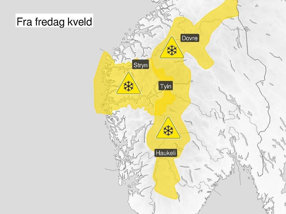 Klikk på bildet for å forstørre. FAREVARSEL: Det er sendt ut farevarsel for snøfokk i Sogn og Fjordane og fjellet i Sør-Norge på grunn av snøvær og sterk vind fra sør.