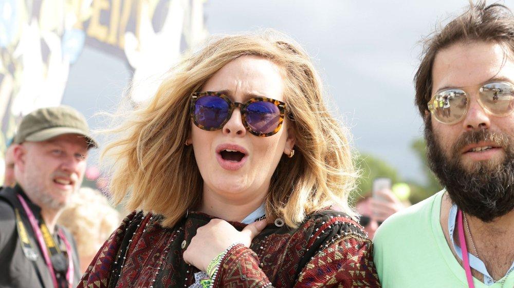 Klikk på bildet for å forstørre. Adele divorce File photo dated 27/06/15 of singer Adele with her husband Simon Konecki. Adele has cited