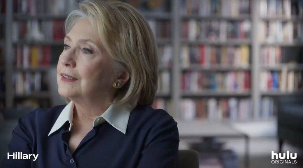 Klikk på bildet for å forstørre. - Jeg var helt knust. Jeg kunne ikke tro det, sier Hillary Clinton om mannen utroskap.