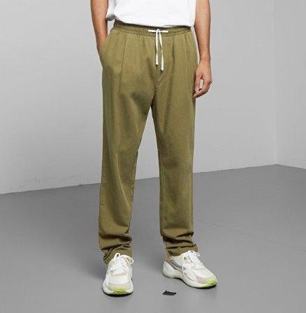Klikk på bildet for å forstørre. Grønne bukser