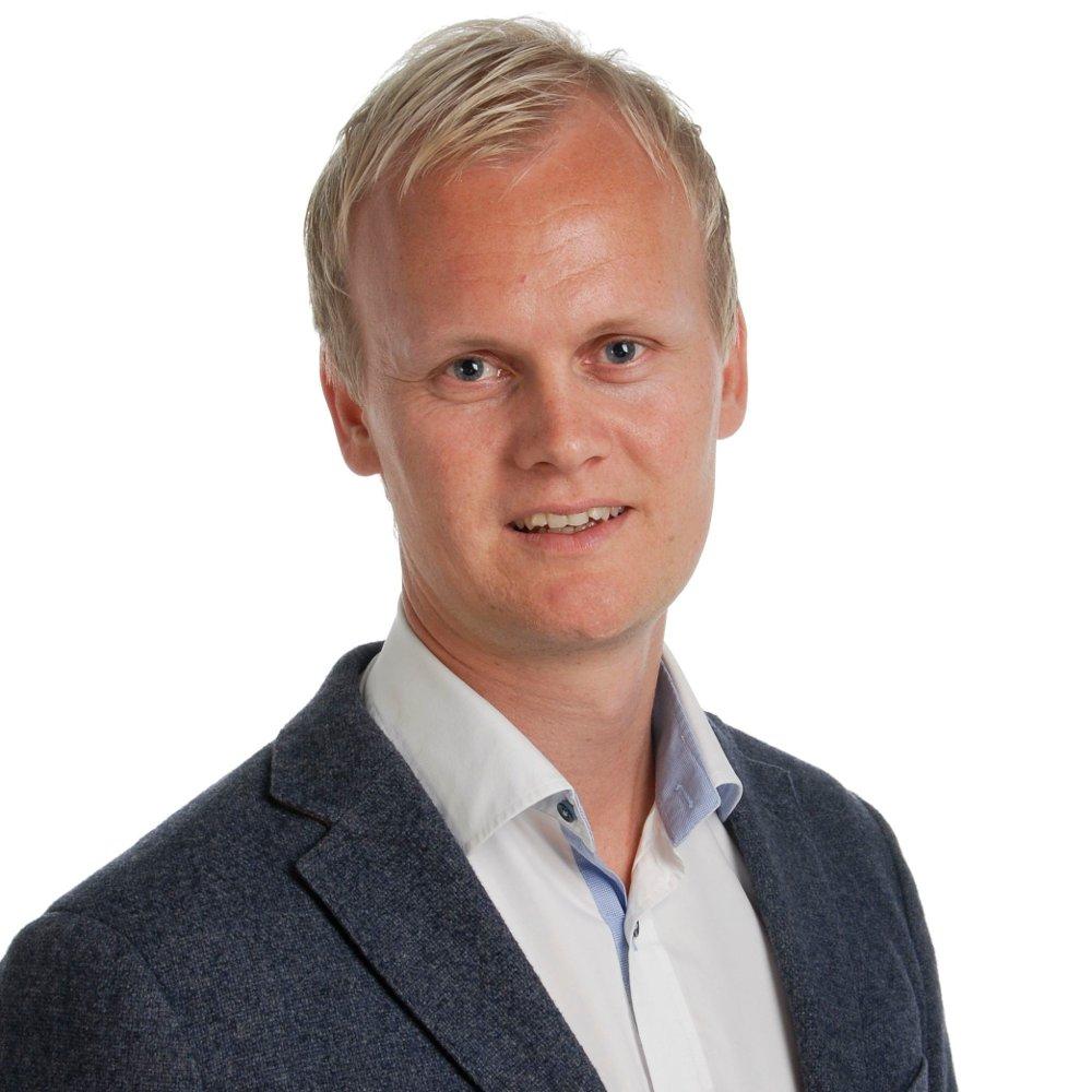 Klikk på bildet for å forstørre. IKKE BETAL PÅ FORHÅND: Jusprofessor Hans Fredriksen Marthinussen advarer mot at du står usedvanlig svakt i konkurser.