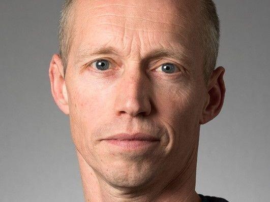 Klikk på bildet for å forstørre. Søren Riis Paludan er professor i virologi og biomedisin ved Universitetet i Aarhus.