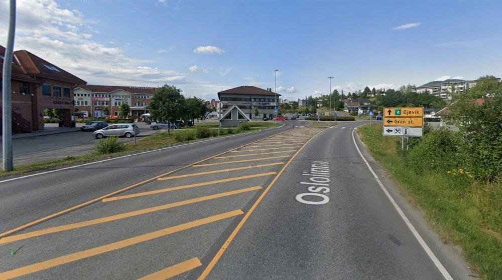 Klikk på bildet for å forstørre. Gamle Rv4 gjennom Gran sentrum.