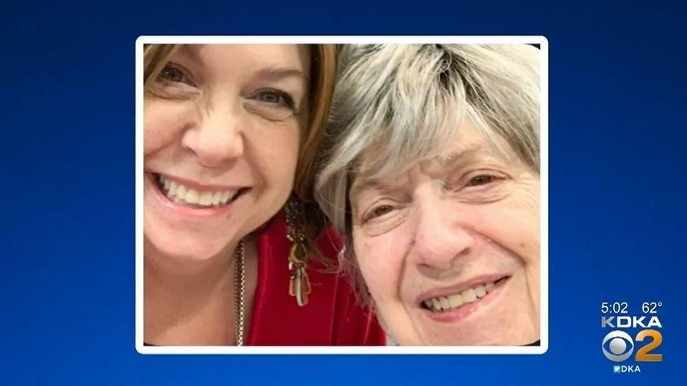 Klikk på bildet for å forstørre. Judith Marie er en av dem som har sin mor, 78 år gamle Dorothy Umstead, innlagt på sykehjemmet.