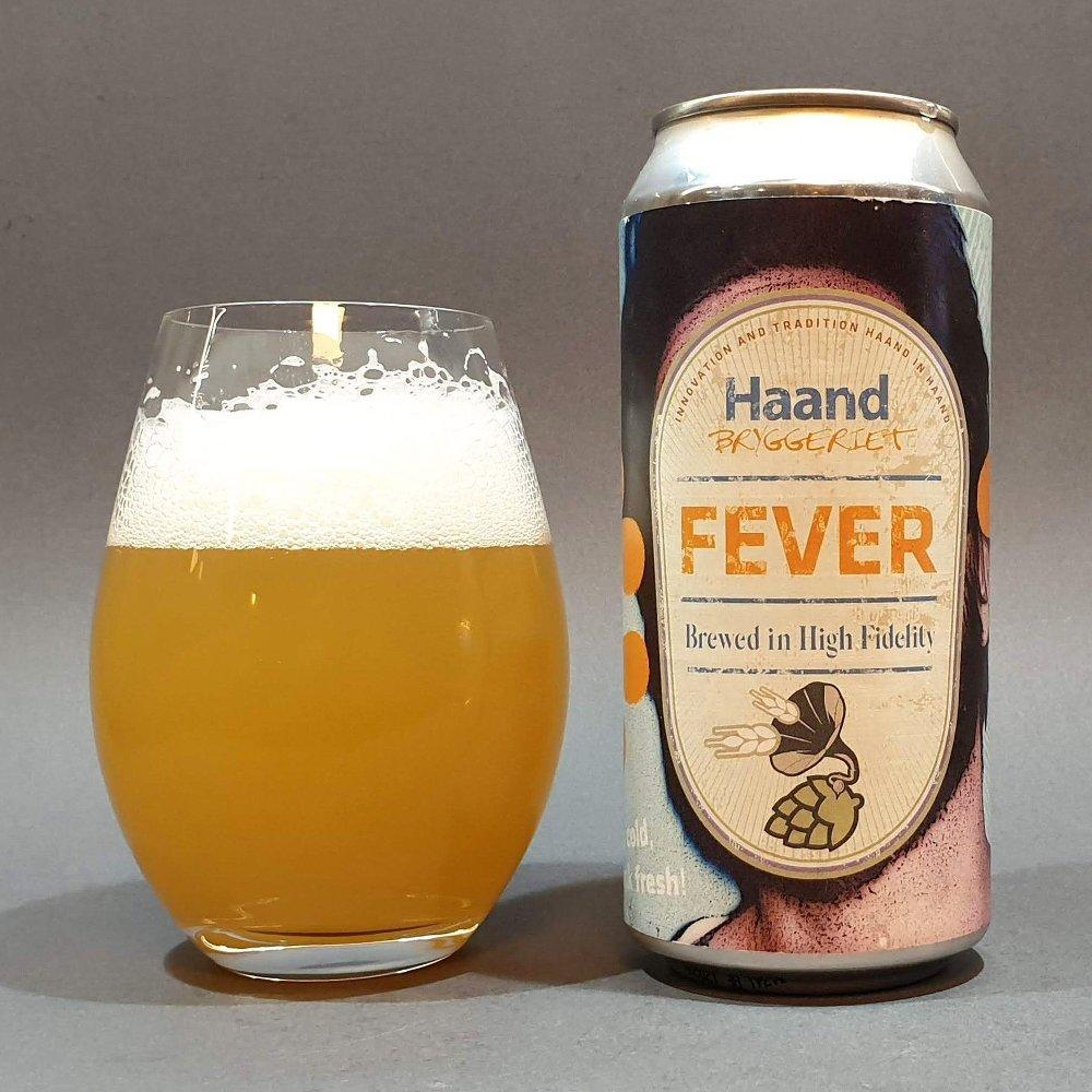 Klikk på bildet for å forstørre. Haandbrygggeriet Fever - boks og øl i glass