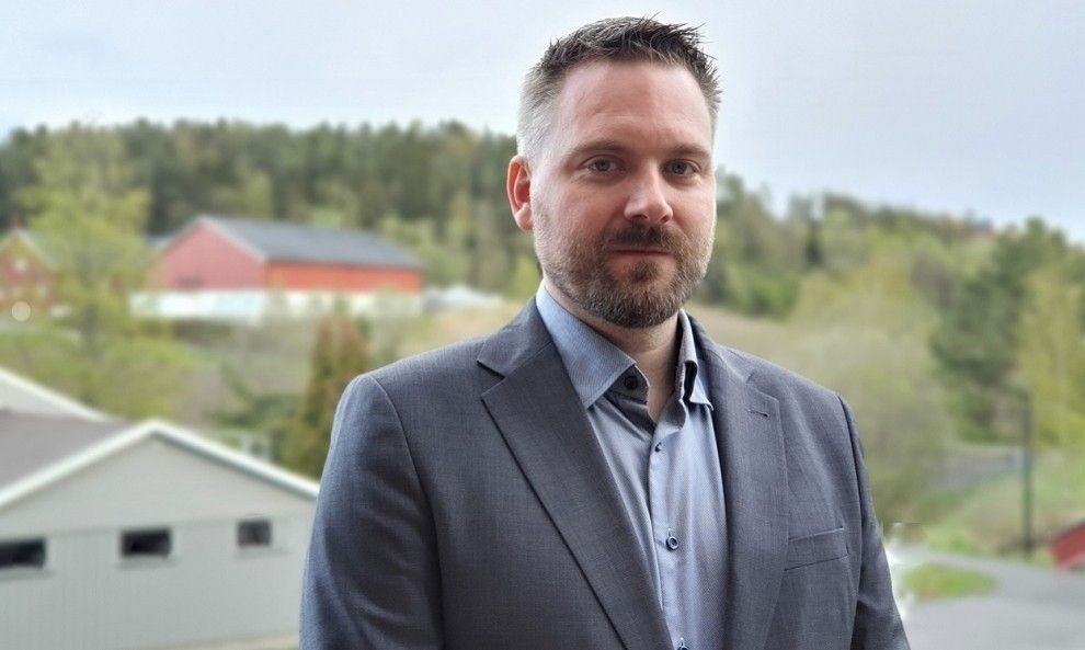Klikk på bildet for å forstørre. ADVARER MOT PORNOSVINDEL: Sikkerhetsdirektør Lars Eirik Berg i DNB