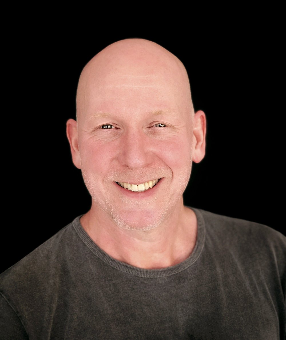 Klikk på bildet for å forstørre. FILMSKAPER: Jan Dalchow har brukt 12 år på å lage dokumentaren NAK-ED.