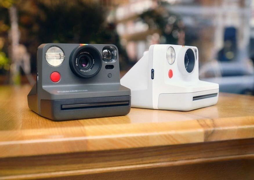 Klikk på bildet for å forstørre. Polaroidkamera - en gave som oser nostalgi.
