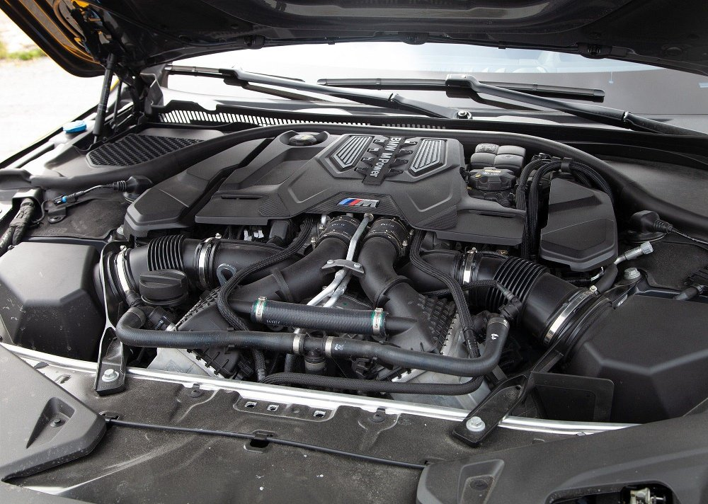 Klikk på bildet for å forstørre. BMW M8 Competition