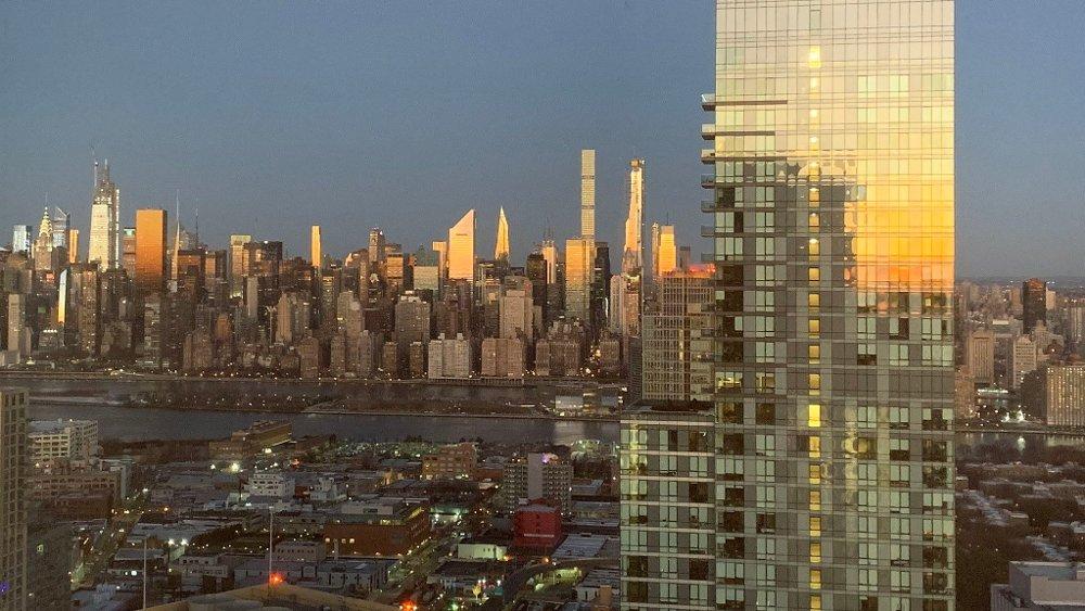 Klikk på bildet for å forstørre. Under koronakrisen er det svært mange New Yorkere som har flyktet fra byen. Ferske tall viser nå at rundt 420.000 personer har flyktet fra byen mens koronaviruset har herjet i New York, majoriteten av dem fra de rikeste områdene av byen.