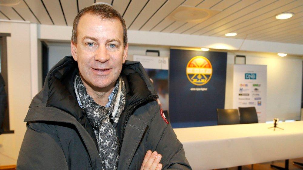 Klikk på bildet for å forstørre. FOTBALLAGENT: Tore Pedersen er usikker på hvordan koronakrisen vil påvirke markedet.