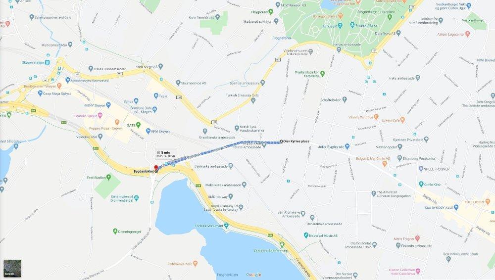 Klikk på bildet for å forstørre. PROBLEMGATE: Fra Olav Kyrres plass til Bygdøylokket har bussen brukt opp mot en time. Det tar syv minutter å gå strekningen.