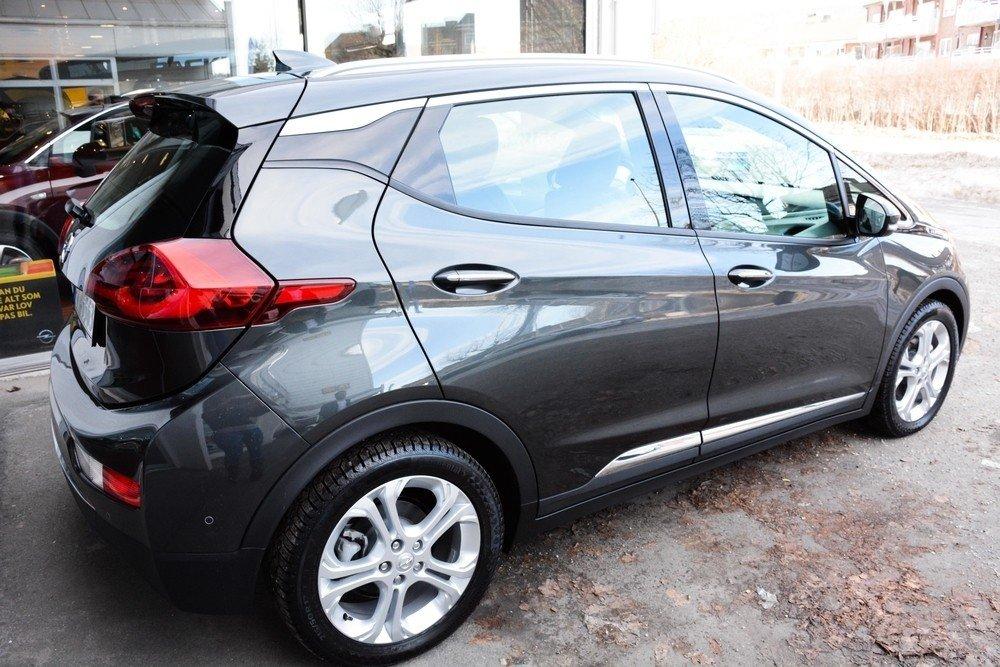 Klikk på bildet for å forstørre. Opel Ampera-e er spådd til å bli en ny elbilkonge på markedet.