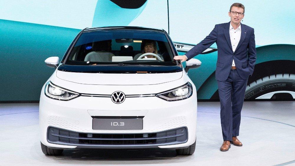 Klikk på bildet for å forstørre. Volkswagen - IAA 2019 Dr. Frank Welsch, Member of the Board of Management of the Volkswagen Passenger Cars Brand with responsibility for