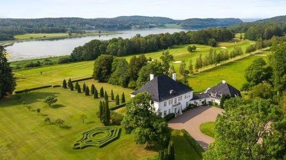 Klikk på bildet for å forstørre. Einar Nagell-Erichsen selger aksjene i Semb Hovedgård AS.