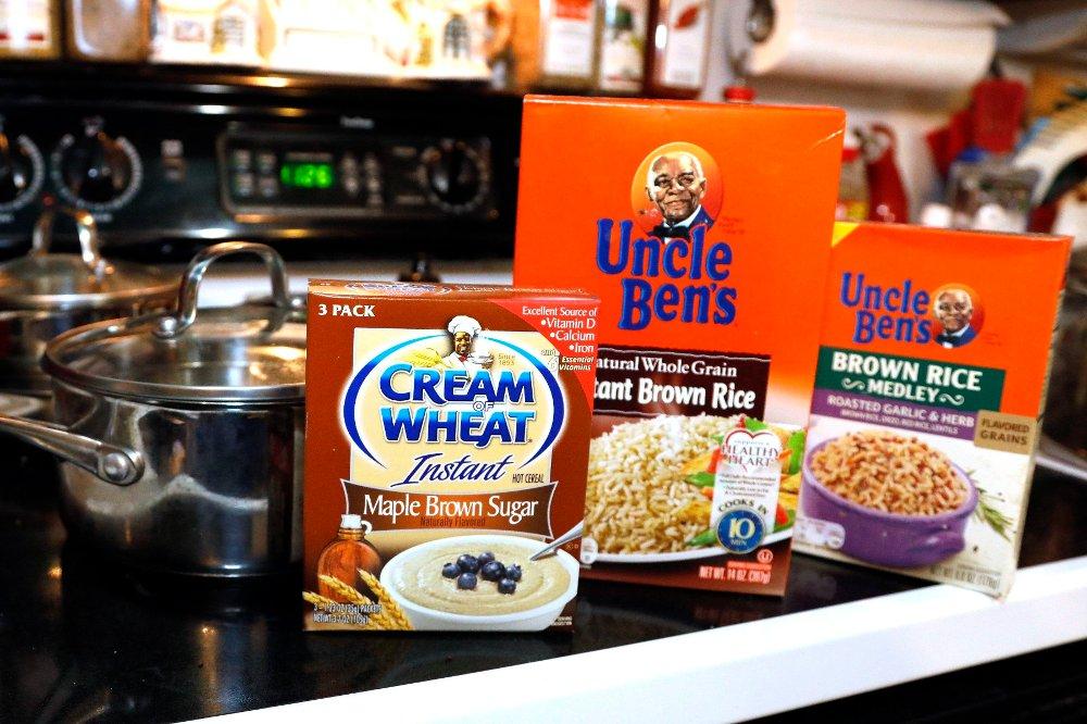 Klikk på bildet for å forstørre. Cream of Wheat og Uncle Ben'ser andre produkter som kan få logoene og navnene endret som følge av opptøyene i USA.