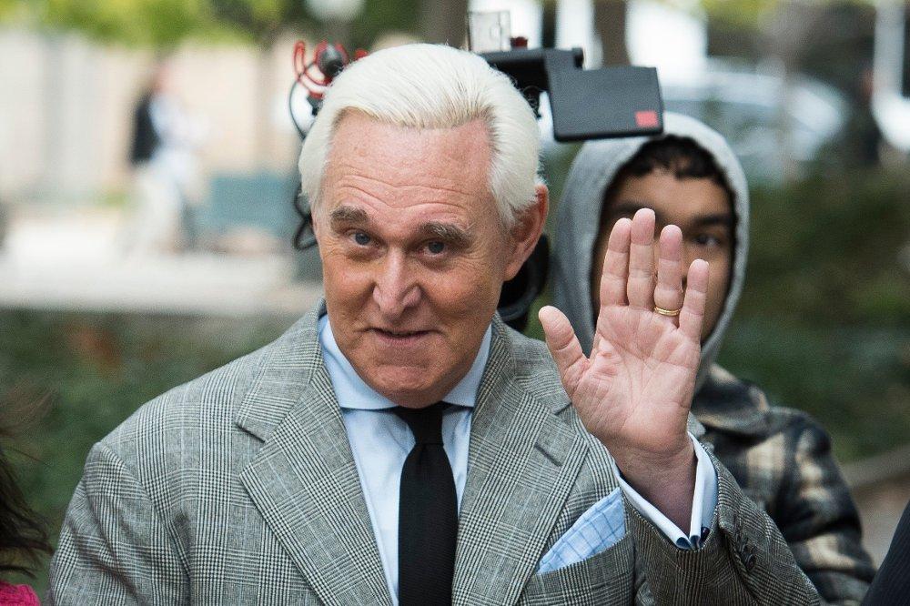 Klikk på bildet for å forstørre. Roger Stone ankommer et rettsmøte i Washington i november.