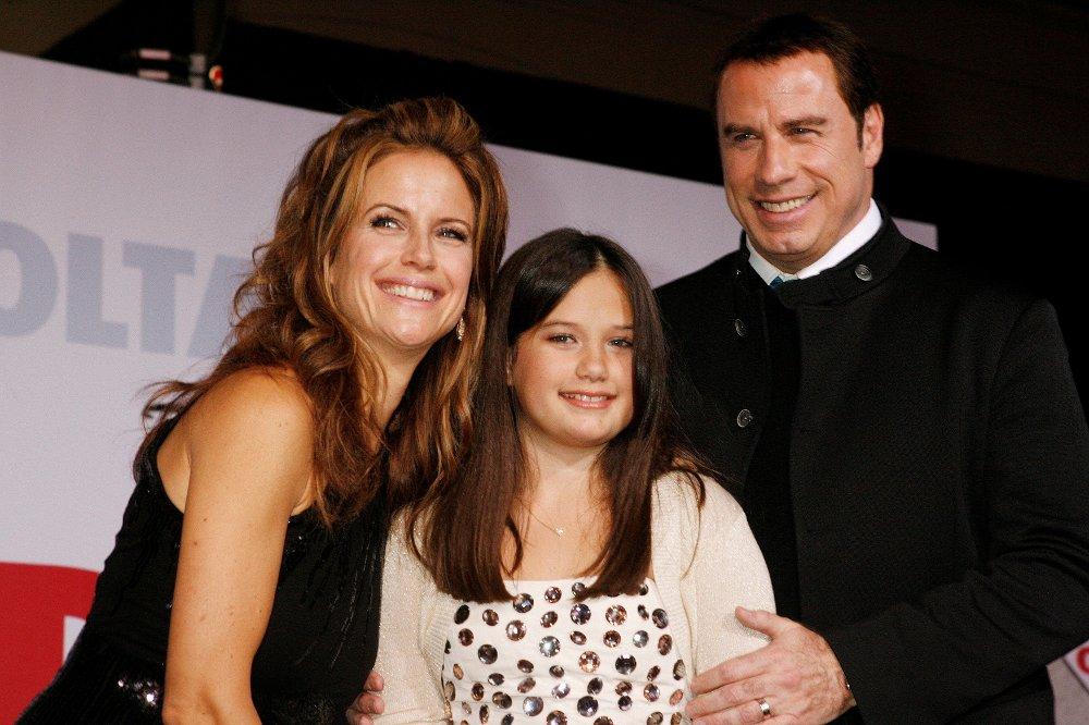 Klikk på bildet for å forstørre. Kelly Preston og John Travolta fikk tre barn sammen. Her med datteren Ella i 2009.