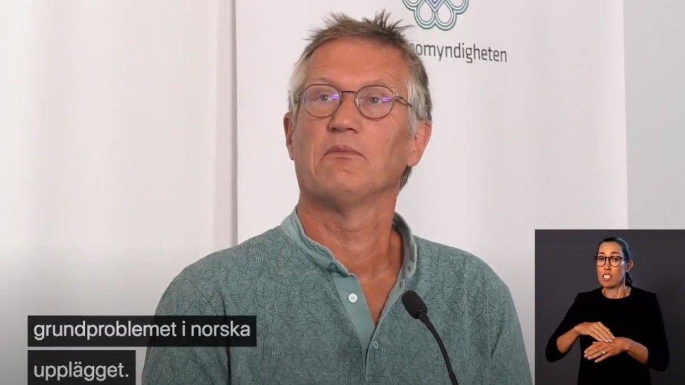 Klikk på bildet for å forstørre. KOMMENTERTE REISERÅD: Statsepidemiolog Anders Tegnell kommenterte torsdag de norske kravene til å friskmelde svenske regioner i sine reiseråd.