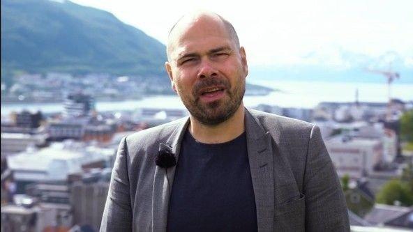 Klikk på bildet for å forstørre. På sin første dag som konsernsjef i Amedia kan Anders Opdal konstatere at Nettavisen er porteføljens største avis målt i antall abonnenter.