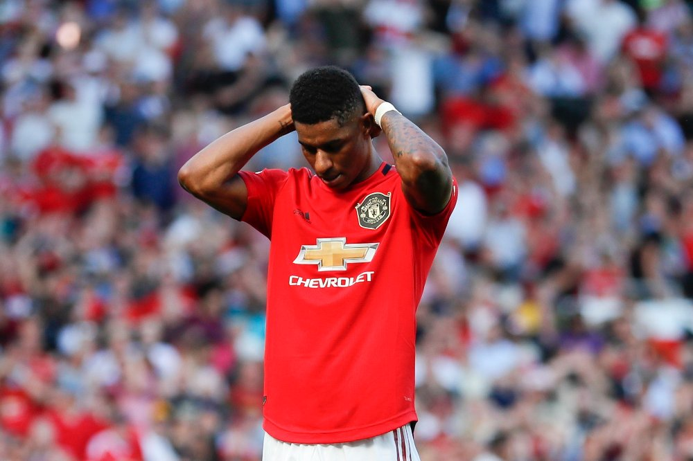 Klikk på bildet for å forstørre. Britain Soccer Premier League Manchester United's Marcus Rashford reacts after missing to score on a penalty kick during the English Premier League soccer match between Manchester United and Crystal Palace at Old Trafford in Manchester, England Saturday, Aug, 24, 2019.