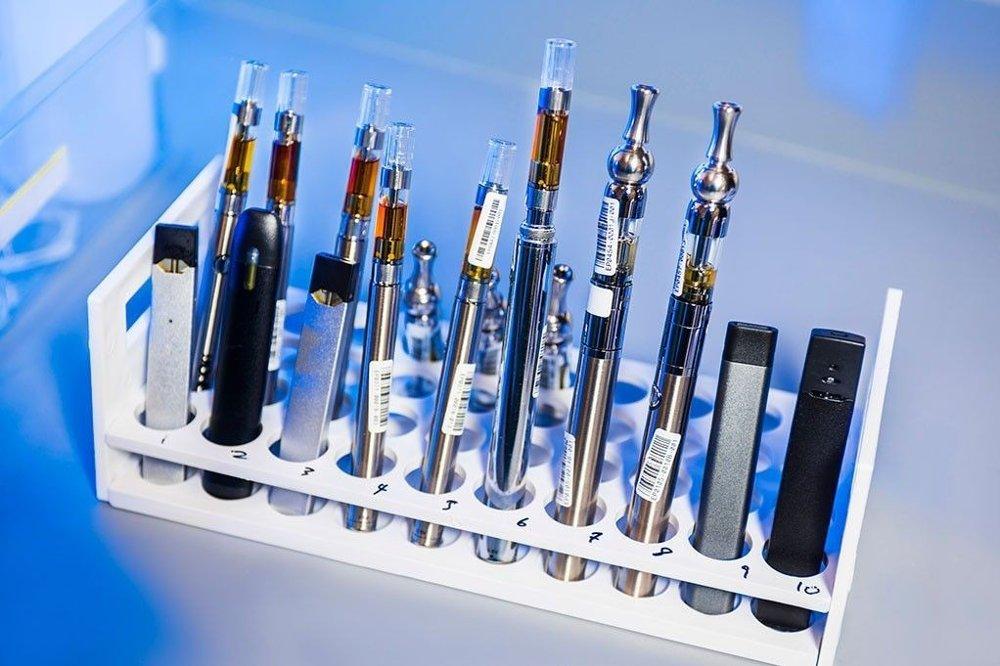 Klikk på bildet for å forstørre. E-sigaretter