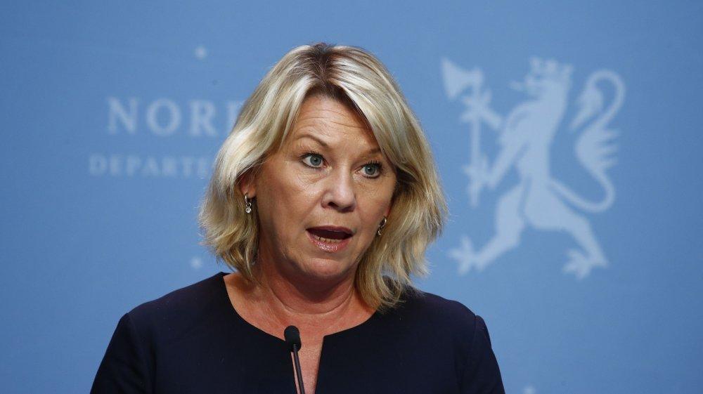 Klikk på bildet for å forstørre. Fra 1. juli kan både arbeidsinnvandrere og studenter fra utlandet komme til Norge, opplyser Justisdepartementet. Her er justis- og beredskapsminister Monica Mæland .