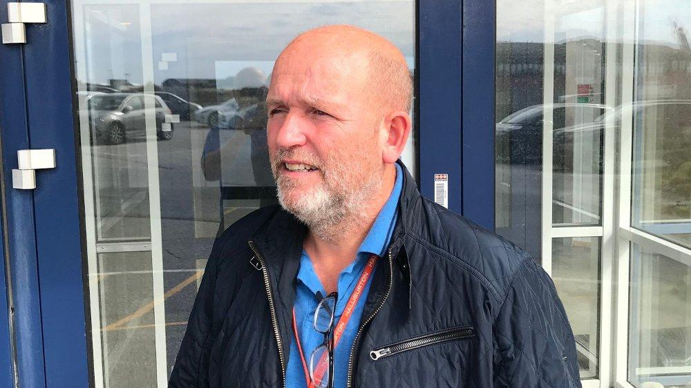 Klikk på bildet for å forstørre. KLUBBLEDER: Halliburton har rundt 2.200 ansatte i Norge. Knut Nesland sier at koronasituasjonen har gitt utfordringer han aldri hadde drømt om engang. – Jeg har vært klubbleder i 20 år, og har aldri opplevd noe liknende, sier Nesland.