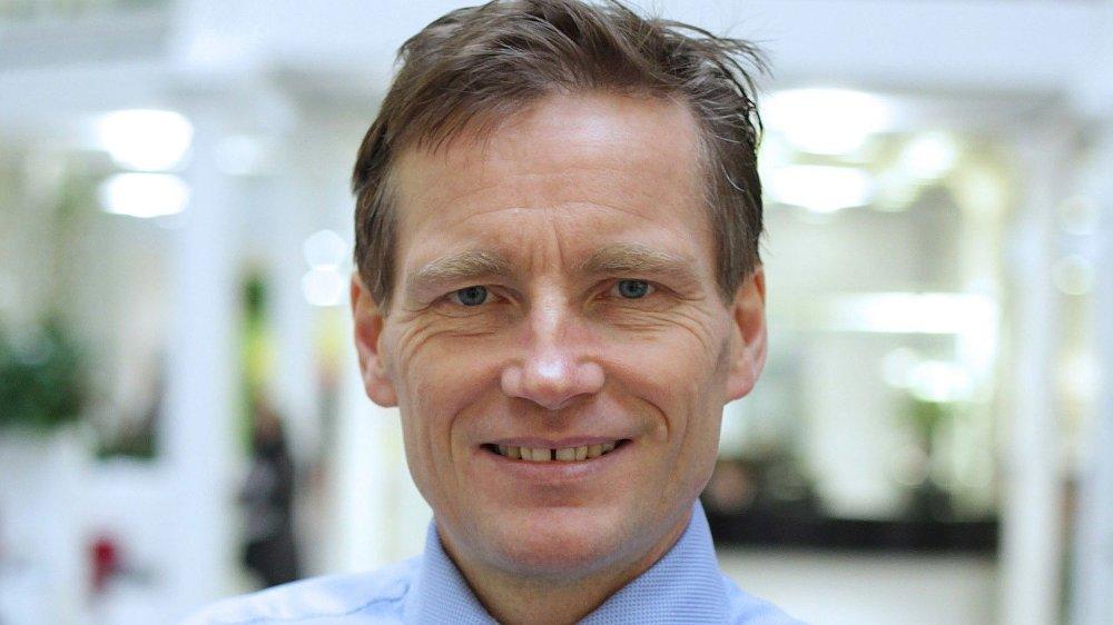 Klikk på bildet for å forstørre. SKEPTISK: Investeringsdirektør Robert Næss i Nordea er skeptisk til den høye prisingen av NEL, fordi selskapet ikke tjener penger på ordinær drift.