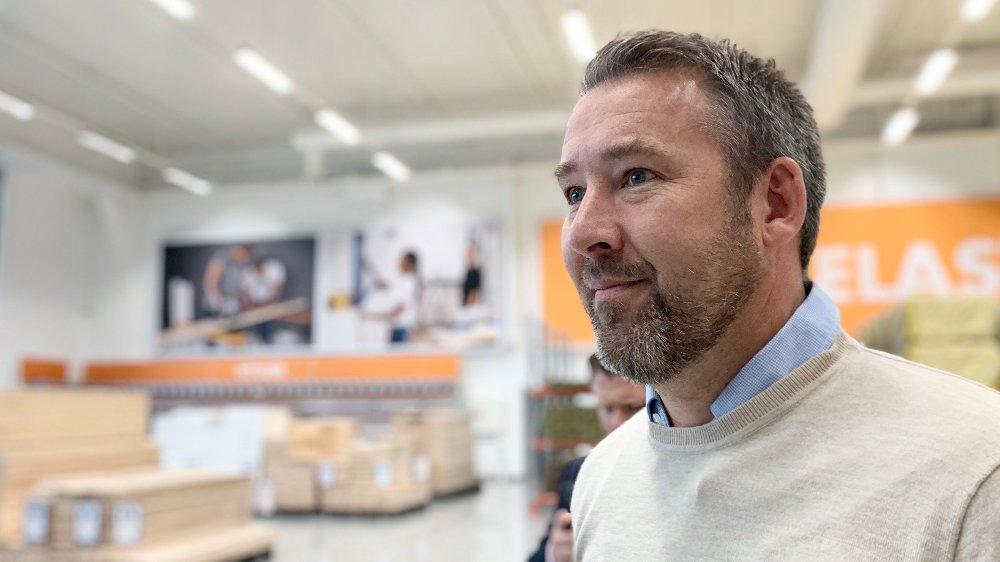 Klikk på bildet for å forstørre. KAMP: Daglig leder Dag Bergby i Biltema Norge er ferdig med å krangle med Fylkesmannen. Nå håper han at regjeringen vil lytte.