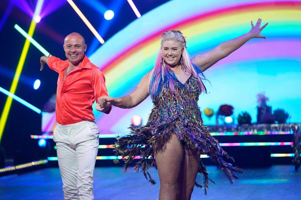 Klikk på bildet for å forstørre. Skal vi danse - program 01 2020 AgneteHusebye og Bjørn Wettre Holthe Skal vi danse - program 01 Bildene kan kun brukes av media i forbindelse med omtale av TV 2 eller TV 2s programmer. FOTO: Espen Solli / TV 2