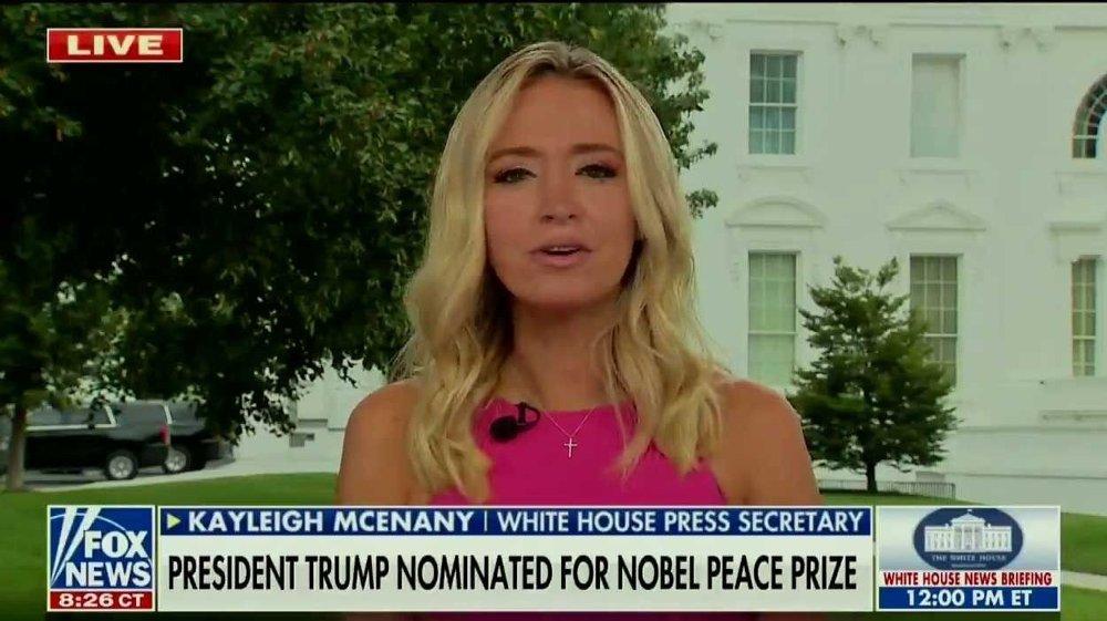 Klikk på bildet for å forstørre. Trumps pressesekretær, Kayleigh McEnany.