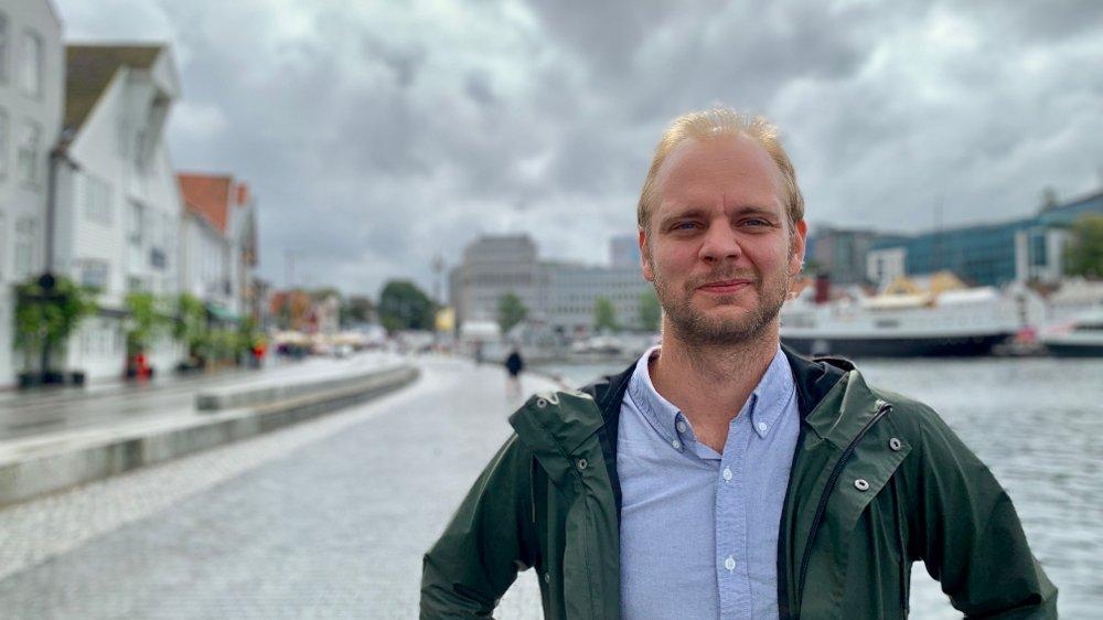 Klikk på bildet for å forstørre. HJEMME: Mímir Kristjánsson flyttet hjem til Stavanger og fikk umiddelbart innflytelse i politikken. Nå håper han at Mímir-effekten skal slå ut i hele Rogaland og bidra til å løfte Rødt på målingene.