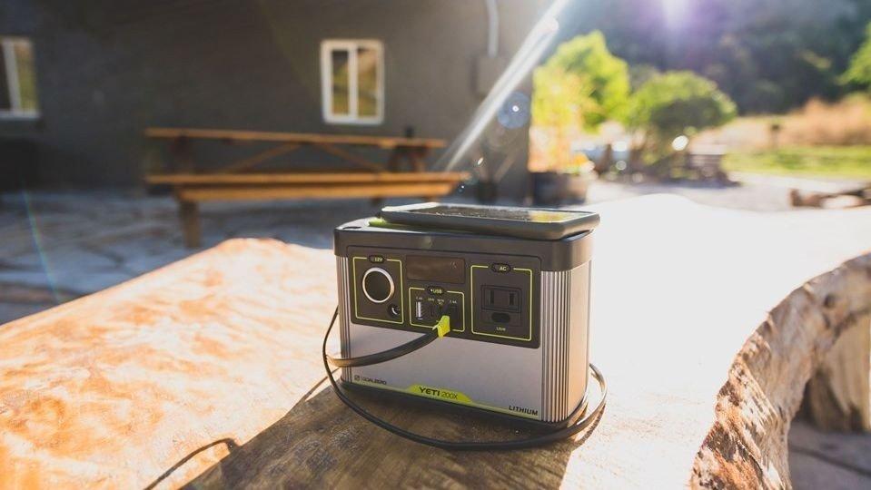 Klikk på bildet for å forstørre. Dette er det bærbare batteriet du kanskje har skjønt du trenger.