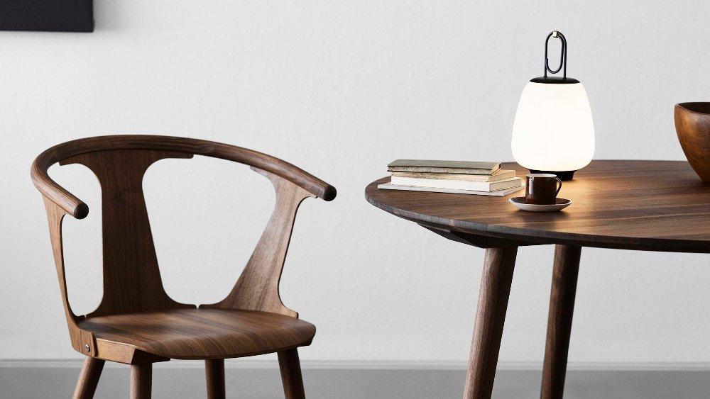 Klikk på bildet for å forstørre. Bærbar lampe. Stilig og samrt.