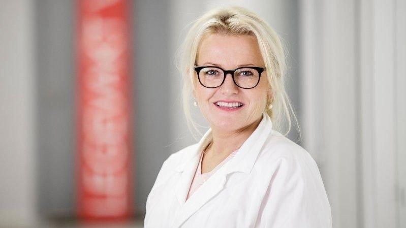 Klikk på bildet for å forstørre. Kari Lise Eidjar, daglig leder i Legevakt Vest AS.