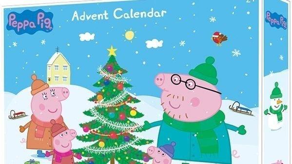 Klikk på bildet for å forstørre. Peppa Gris-kalenderen ble utsolgt i 2019, og 2018-kalenderen solgte godt også det året. Nå er 2020-versjonen her.