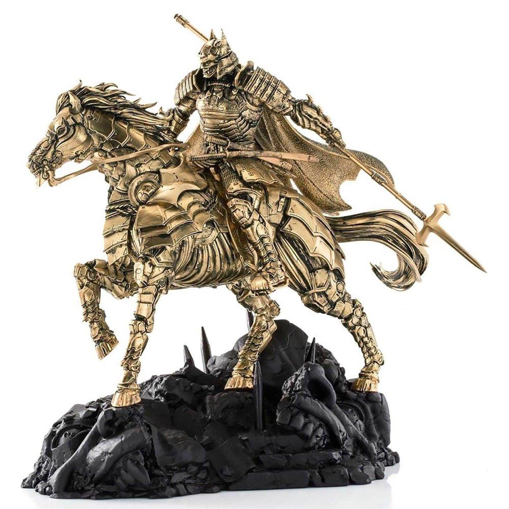 Klikk på bildet for å forstørre. Batman Shogun astride his war horse