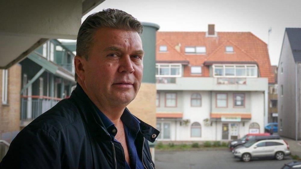Klikk på bildet for å forstørre. AVLYSTE JULEBORDET: Trond Randeberg i Rogaland Elektro ønsker å gi de ansatte gavekort på restaurant for å støtte den lokale restaurantnæringen.