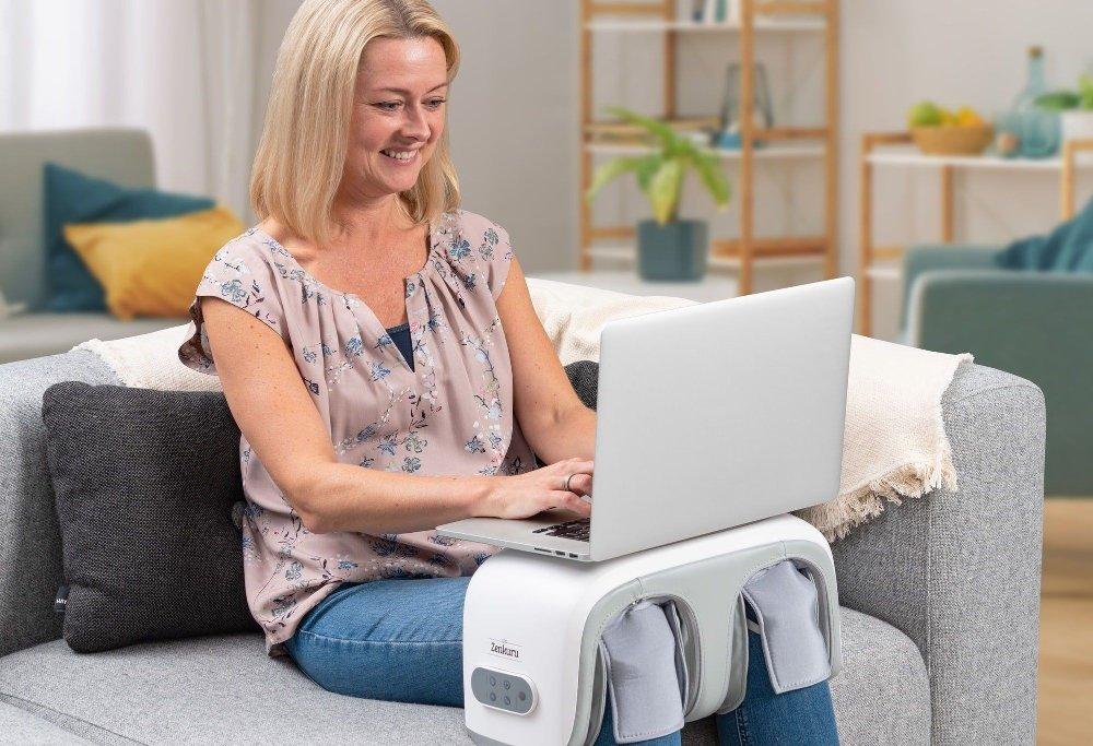 Klikk på bildet for å forstørre. Apparatet kan brukes på knærne, leggene eller føttene.