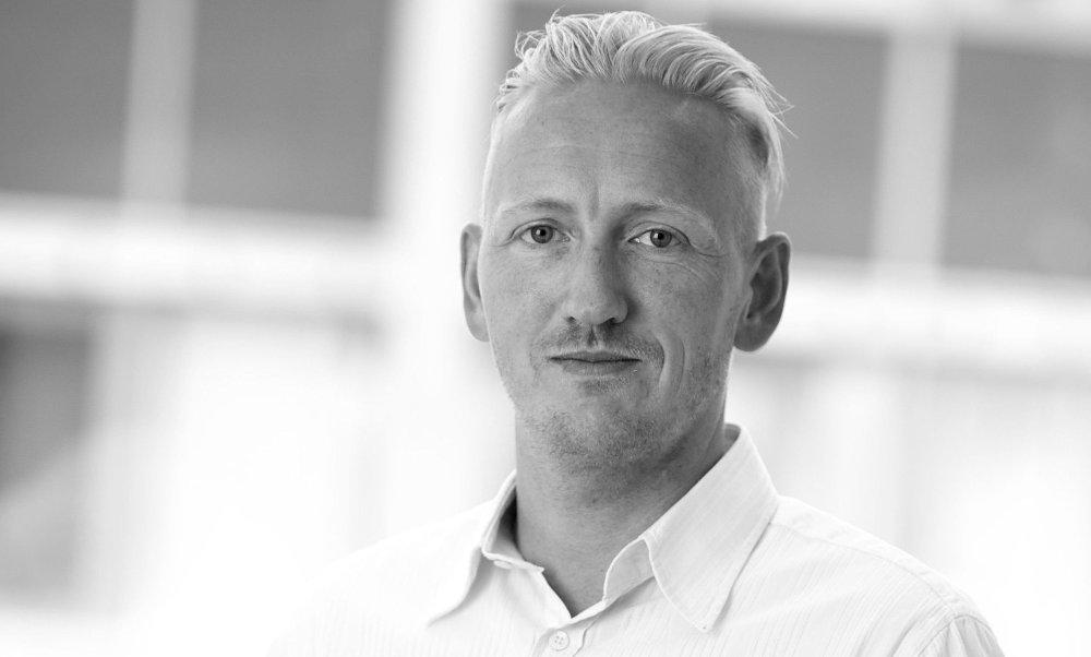 Klikk på bildet for å forstørre. ADVARER: Kommunikasjonssjef i Swedish Match Norge Nils Erlimo advarer mot russisk «garasjesnus».