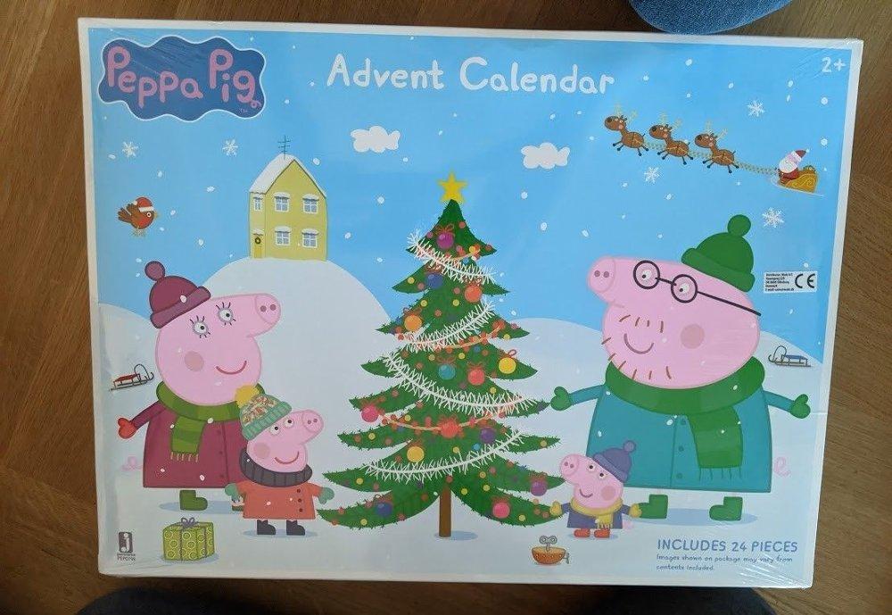 Klikk på bildet for å forstørre. 24 figurer får du i Peppa Gris-kalenderen.