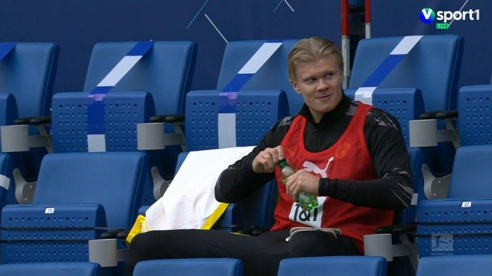 Klikk på bildet for å forstørre. PÅ BENKEN: Erling Braut Haaland startet på benken mot Hoffenheim, men kom inn etter 63 minutter.