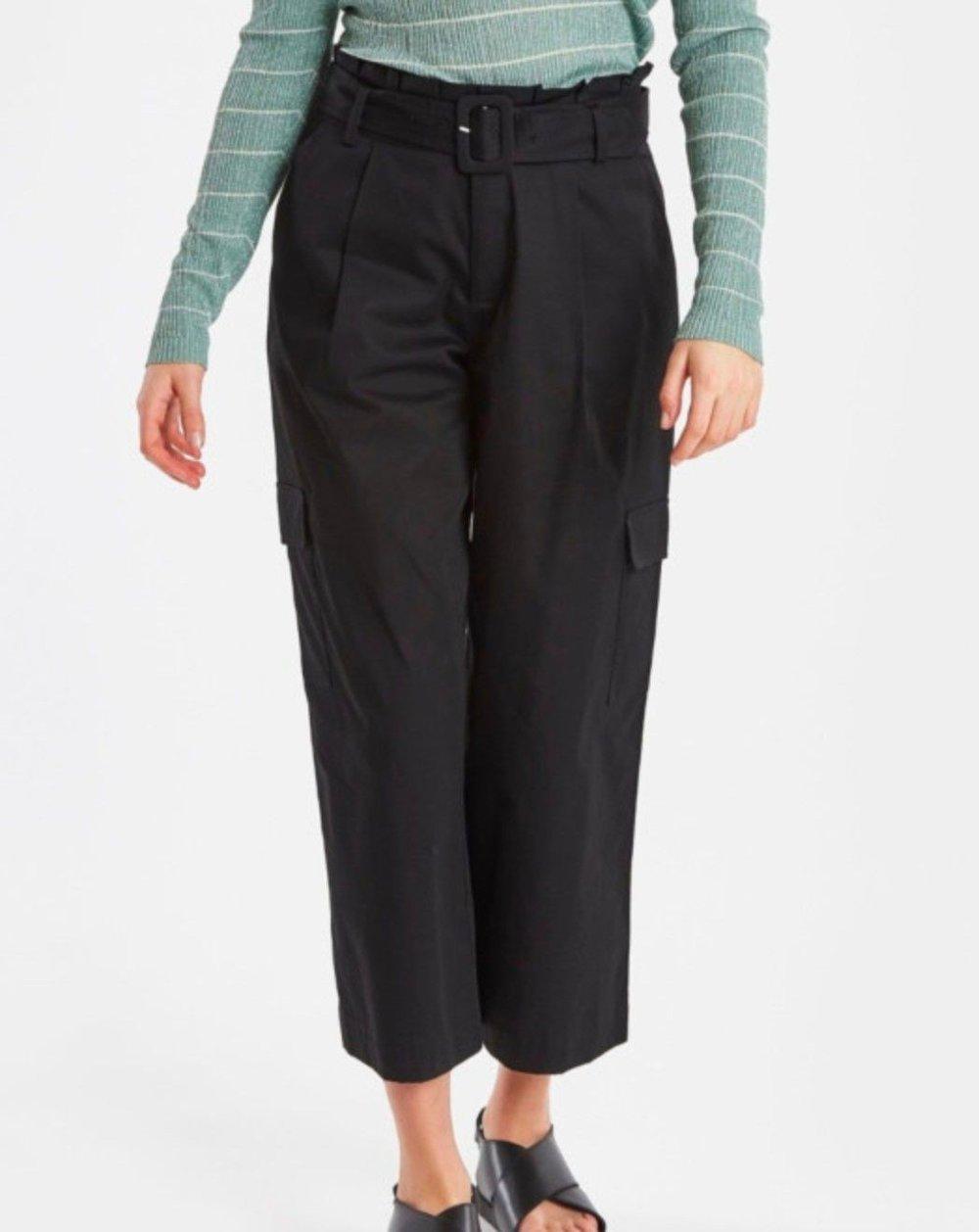 Klikk på bildet for å forstørre. svarte bukser