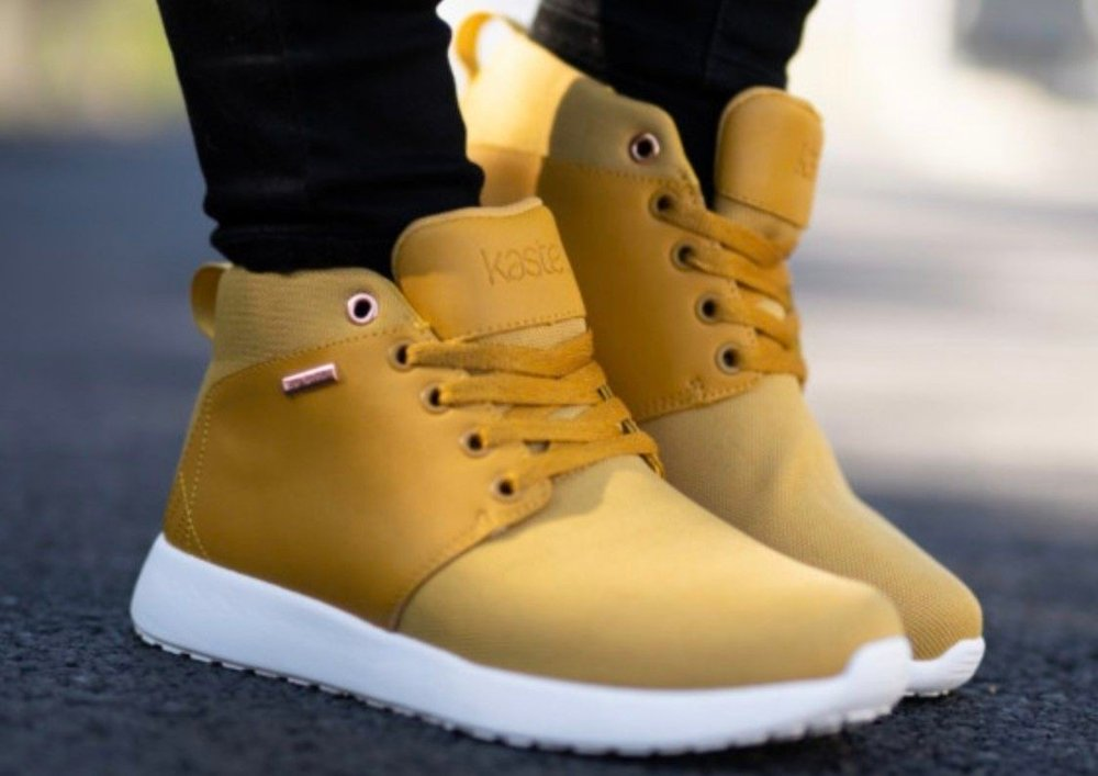 Klikk på bildet for å forstørre. sko fra kastla