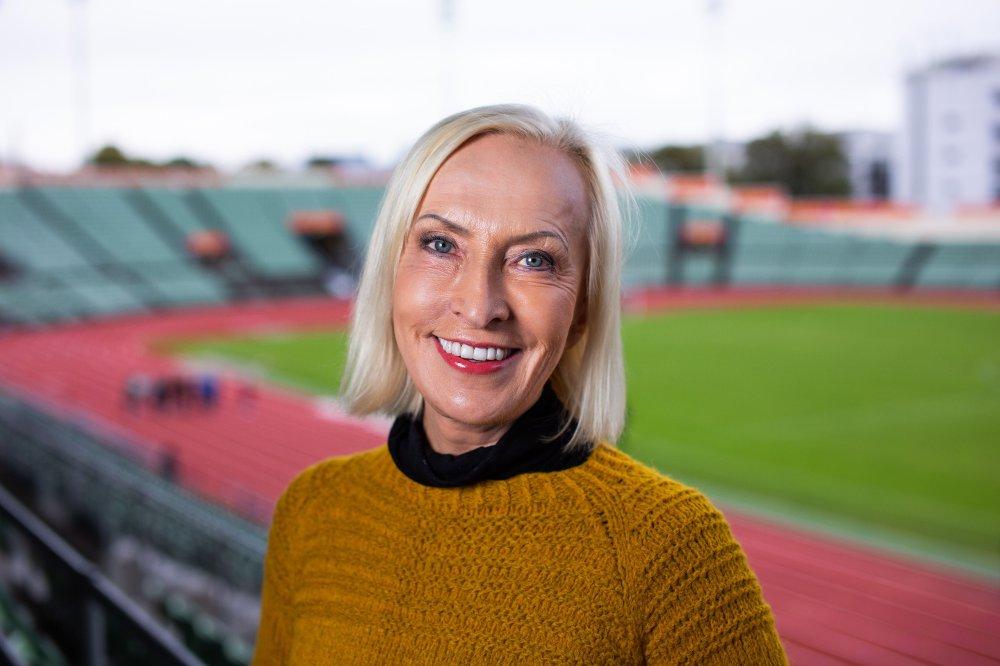 Klikk på bildet for å forstørre. Karen-Marie Ellefsen (70) har tilbrakt svært mange timer på Bislett og reiste hit fra hjemstedet Valdres lenge før hun begynte i NRK.