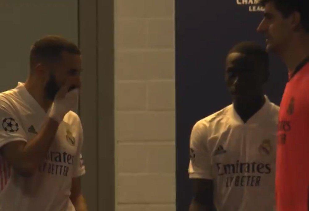 Karim Benzema, Vinicius Junior | Benzema revealed by television cameras:  Goes tough against teammate Vinicius